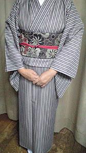 投稿のお写真(H・Y様・しゃっきり茶系縞着物1)