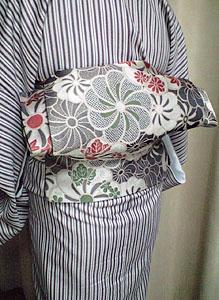 投稿のお写真(H・Y様・しゃっきり茶系縞着物2)